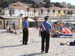 carabinieri-spiaggia