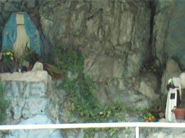 danni-statue