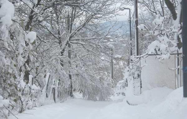 Freddo e gelo in Irpinia: scuole chiuse anche nel capoluogo