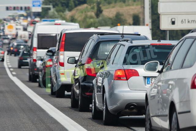 traffico viaggio auto
