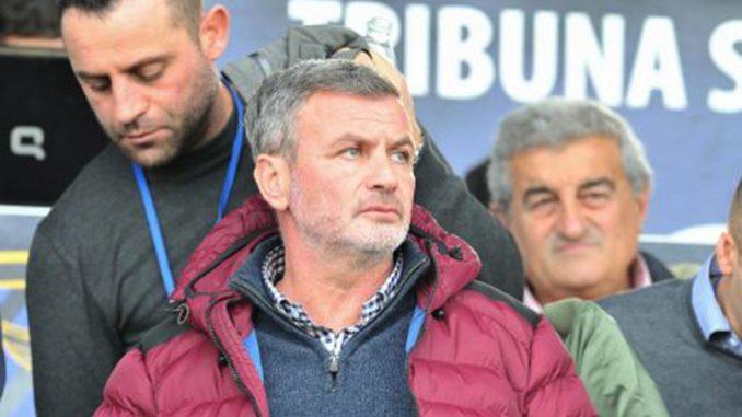 Novellino ha firmato il rinnovo con l'Avellino: i dettagli