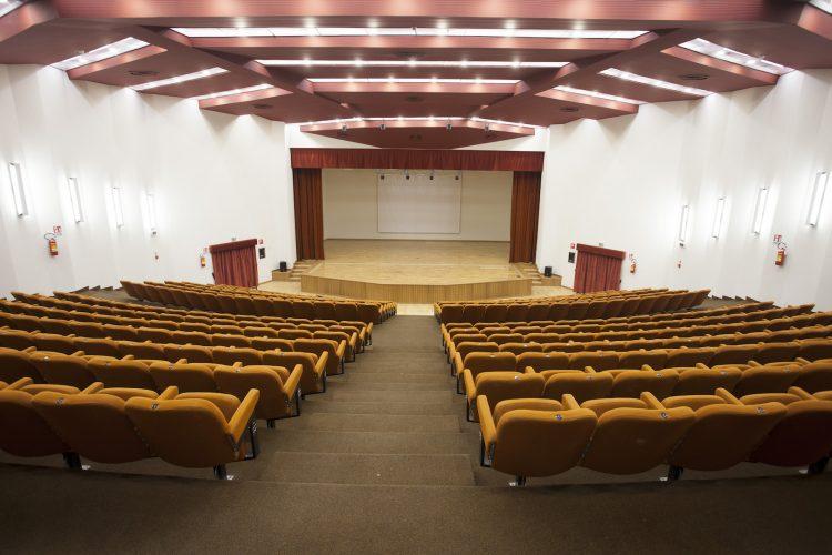 auditorium_8(1)