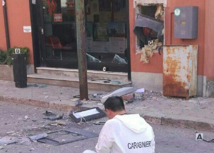 bancomat esplosivo Bisaccia