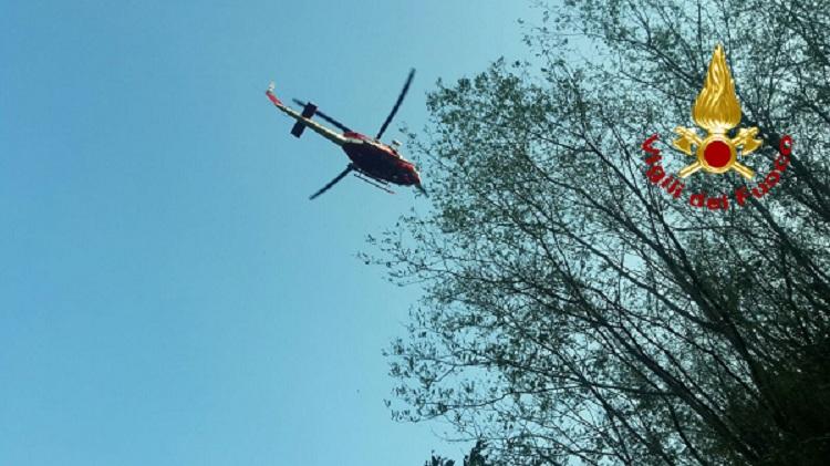 Elicottero Vigili Fuoco : Elicottero vigili del fuoco ricerche irpiniaoggi
