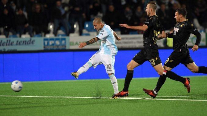 Serie B, L'Entella batte la capolista: al Comunale Bari sconfitto 3-1