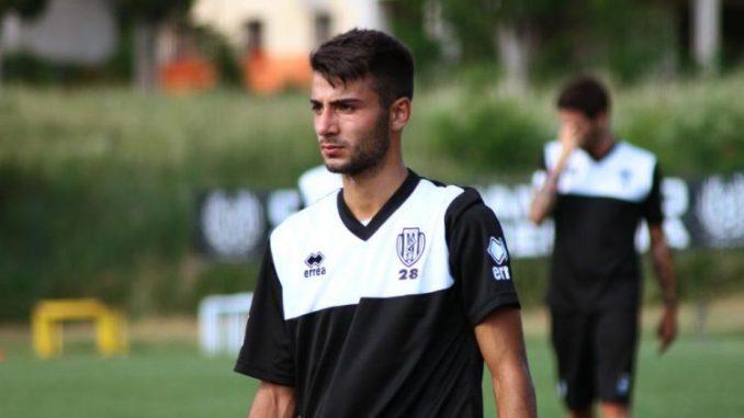 Parete. 14enne colpito da proiettile vagante, l'Avellino Calcio: