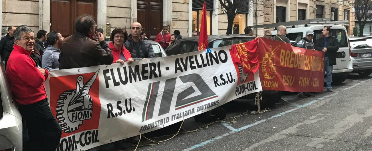 Industria-Italiana-Autobus-vertenza