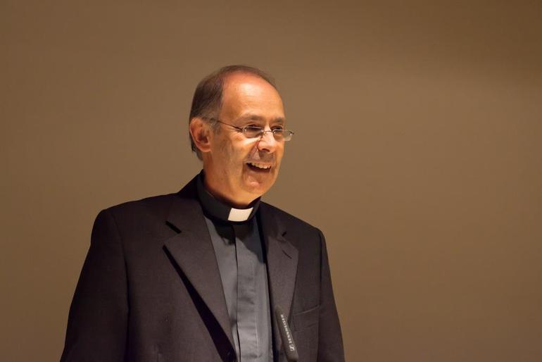 Don-Antonello-Mura-e-il-nuovo-vescovo-di-Lanusei_articleimage