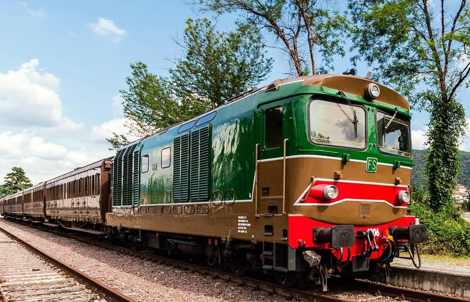 treno-storico-ferrovia-irpinia