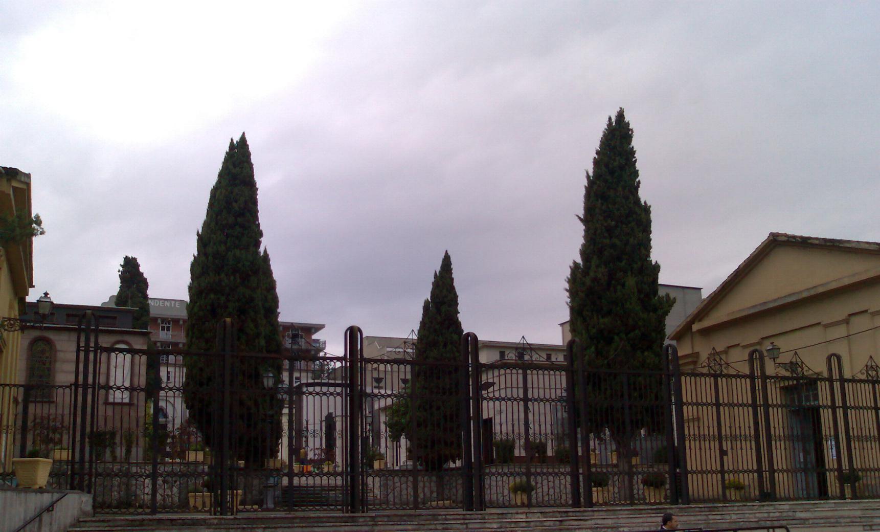 cimitero aripalda