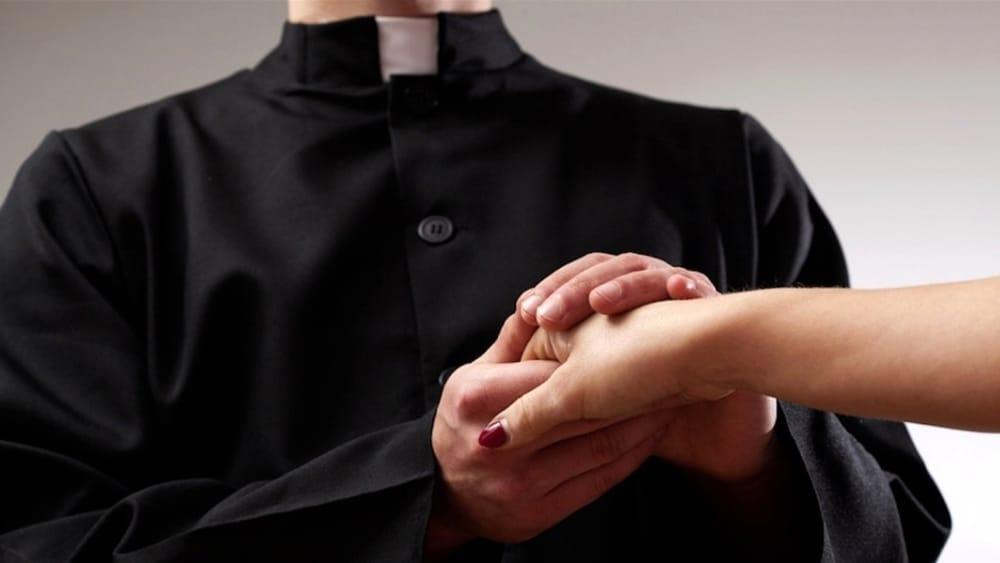 prete amante sesso