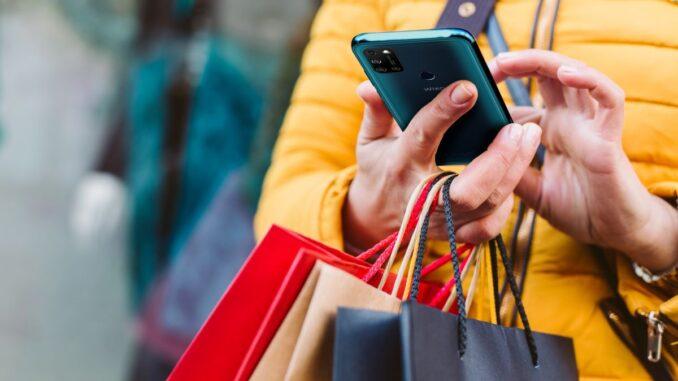 Black Friday, quest'anno si comprerà soprattutto negli e-store